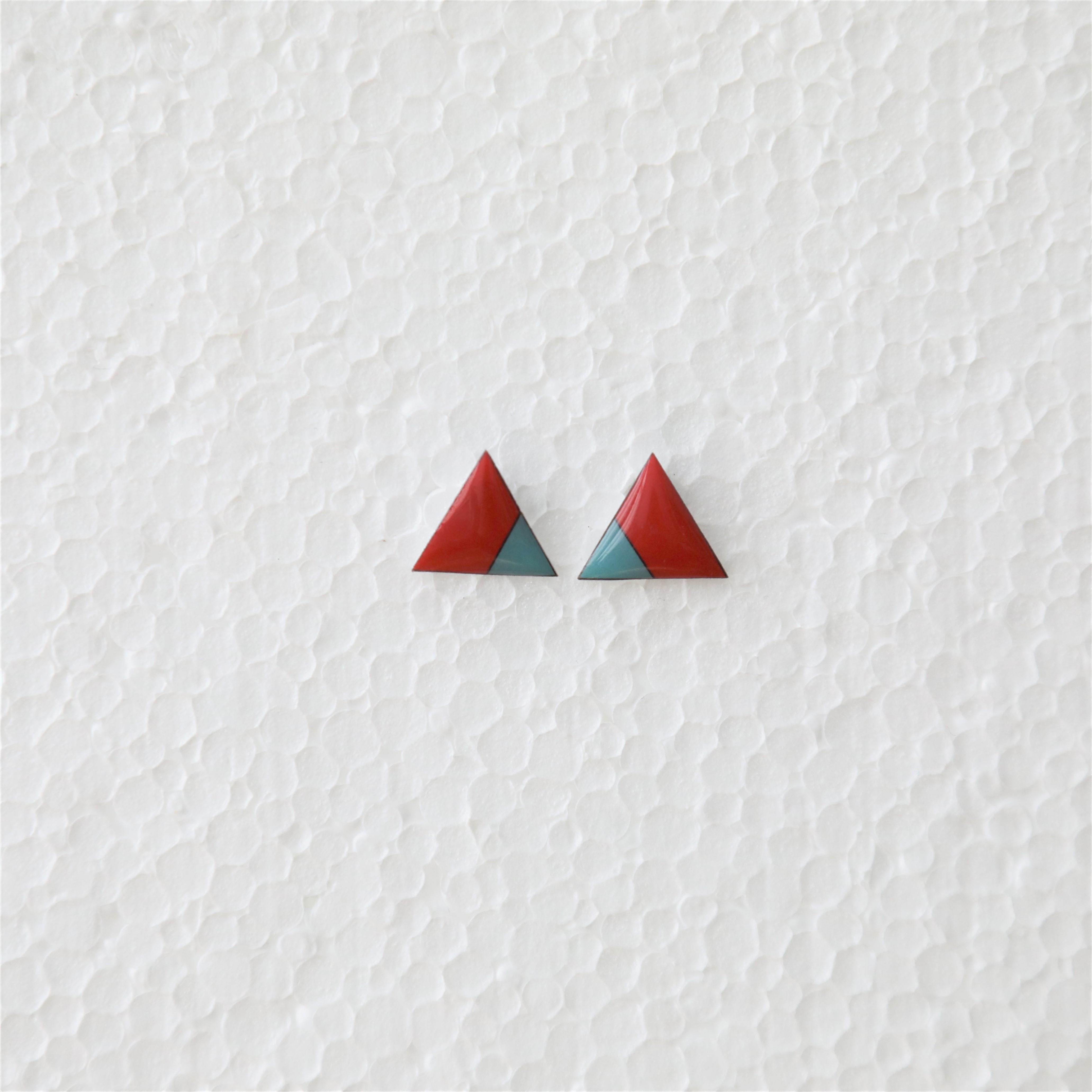 B.O. triangle 80s